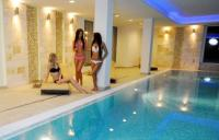 Wellness area in Hotel Aurora with swimming pool and saunas