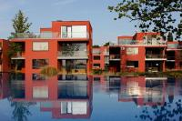 BL Bavaria Yachtclub and Apartments in Balatonlelle - outdoor pool with panoramic view of lake Balaton in Hungary