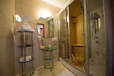 Bagno elegante e moderno hotel di wellness hotel aquarell - Bagno elegante moderno ...