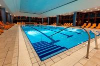Swimming pool of Greenfield Hotel Bukfurdo - Wellness weekends in Hungary for affordable prices