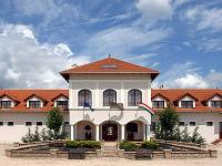 Castle Hotel in Hungary - 4* Bodrogi Kuria in Inarcs