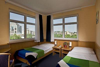 Budapest Business Hotel Jagello - Double room in Business Hotel Jagello with excellent public transportation   - Hotel Jagello*** Budapest - hotel in the city centre