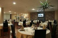 Elegant restaurant in Canada Hotel Budapest - excellent place for events with high standards