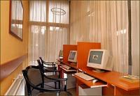 Business center with online internet-access. Charles Apartment Hotel - Budapest