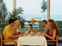 Hotel Europa - breakfastroom at the shore of Lake Balaton