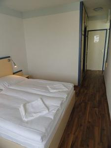 Cheap accommodation in Siofok in Hotel Lido - comfortable double room - Hotel Lido Siofok - Hotel at lake Lake Balaton, Hungary