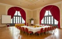 Erzsebet Kiralyne Hotel - conference room with natural lighting, in a silent surrounding