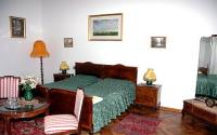 Room of Forster Hunting Lodge in Bugyi - cheap castle hotel near Budapest