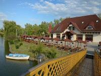 Fűzfa Pihenőpark*** Poroszló - Special discount wellness and thermal hotel lakeside wood cabins at Poroszló