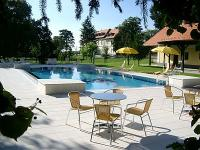 Degenfeld Count Castle hotel - Palac hotel Degenfeld-Outdoor swimming pool