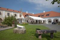 Hotel Historia Veszprem - discount wellness hotel in the downtown of Veszprem