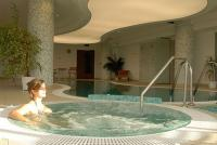Hotel Espa Bio and Art - bruisbad in het 4-sterren wellnesshotel in Zsambek, Hongarije