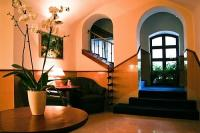 Hotel in the center of Gyor - 3-star Fonte Hotel and Restaurant - hall of the hotel