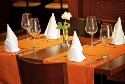 In the restaurant of Gold Wine & Dine Hotel Buda you can choose from variety of foods - Gold Hotel**** Budapest - Hotel at the bottom of the Gellert Hill in Budapest