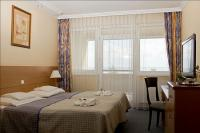 Discount hotel in Balatonkenese at Hotel Marina-Port