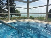 4* Wellness Hotel Marina-Port met jacuzzi in Balatonkenese