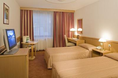 Chambre double standard l 39 h tel mercure budapest city center - Chambre double standard ...