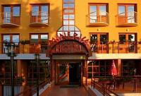 Hotel Minerva - close to the thermal bath - Mosonmagyarovar