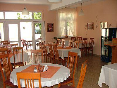 Restaurante del hotel platan hotel de 3 estrellas platan - Hoteles de tres estrellas en granada ...