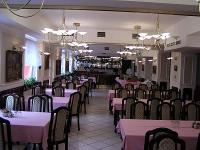 Hotel Polus - restaurant - hotel 300 metres from highway M3