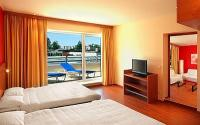 Star Inn Suite with terrace and panorama view to the Danube