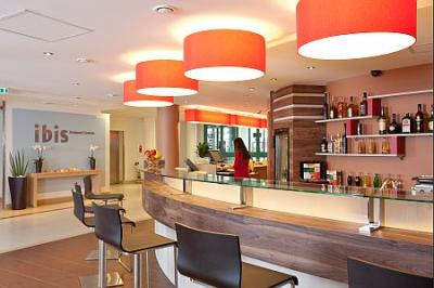 Centrum Hotel Ibis Centrum Reception, in the city center - Hotel Ibis Budapest Centrum*** - Ibis Hotel on the Pest side of Budapest