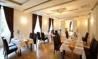 Hotel Ipoly Residence Hotel in Balatonfured - restaurant in luxury Ipoly Residence Hotel