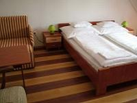 Juniperus Park Hotel - Cheap double rooms in Kecskemet
