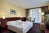 Apartments and accommodation in Hungary in Sumeg in the wellness and conference Hotel Kapitany