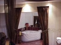 Suite of Duna Relax Event Wellness Hotel in an elegant and romantic atmosphere at discount prices