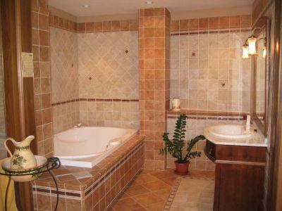 Nefelejcs Hotel Mezőkövesd   Bathroom With Elegant Settings   Nefelejcs  Hotel Mezokovesd*** ...