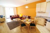Cheap apartment in Budapest close to Gozsdu Court - Comfort Apartments with kitchen and big room with panoramic view