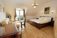 Apartment with antique furniture in Eger - Hotel Panorama Eger