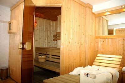 Leonardo h tel budapest sauna de l 39 h tel l gant la for Hotels a prix reduits