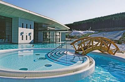 4 hotel benessere a egerszalok con piscina termale all 39 aperto - Hotel con piscine termali all aperto ...