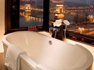 Bridge budapest hotel in budapest hotel sofitel budapest for 5 star hotel bathroom designs