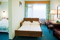 Hotel Szieszta Sopron, family room for 2 adults and 2 children, room with balcony