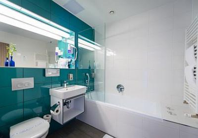 Elegant bathroom at the Yacht Hotel in Siofok at Lake Balaton - Yacht Wellness Hotel**** Siófok - special package Hotel Wellness Siófok