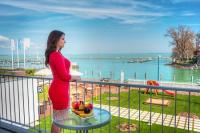 Yacht Wellness Hotel 4* Wellness Hotel in Siofok at great price